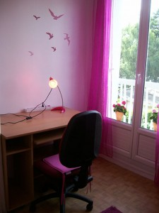 bureau-chaise-lampe