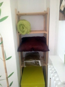 chambre-verte-etagere-coin