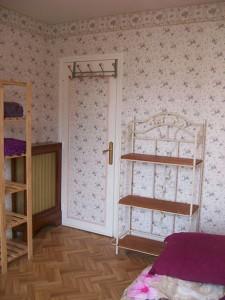 porte-chambre-et-radiateur